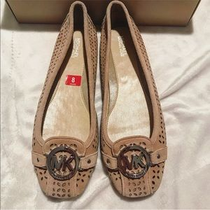 NWT Michael Kors beige suede flats size 8